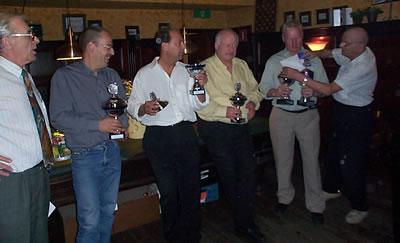 Van links naar rechts: Jos Broens (org.), Theo van de Groes, Ron Broeren, Wim Smits, Tonnie den Doop en Sjef Bardoel (org).