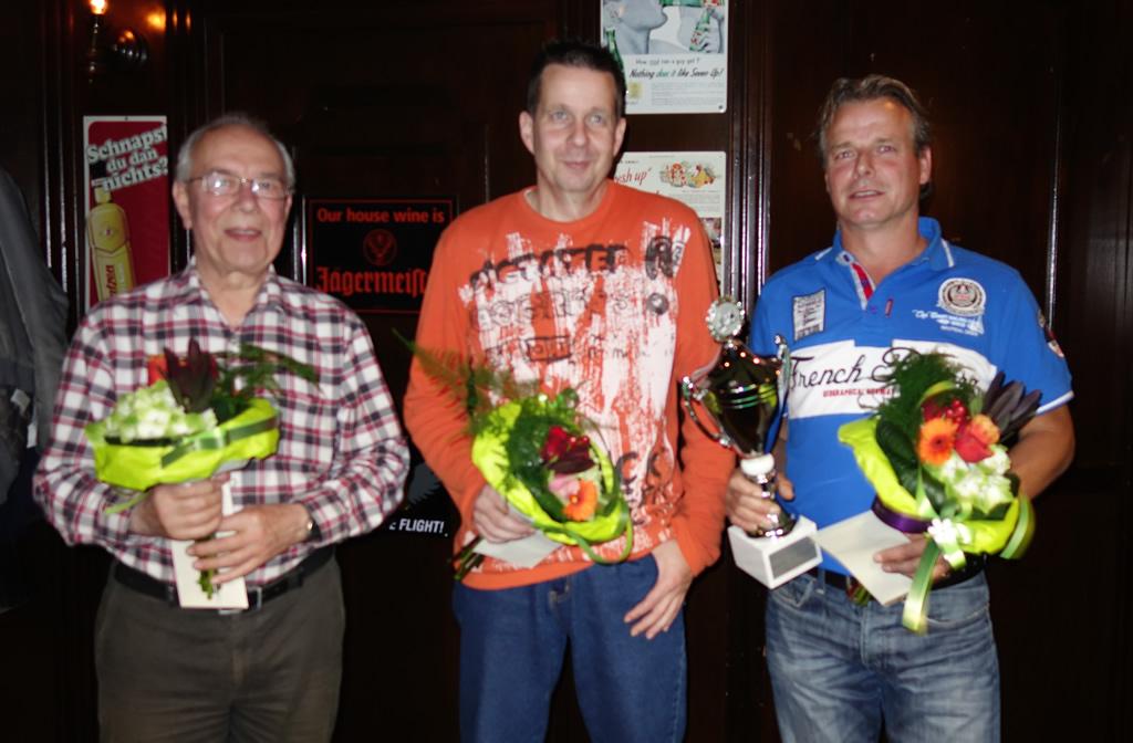 Vlnr: Jan Verhaaren (3e), Ray Dibbets (2e) en Harold Bardoel (kampioen).