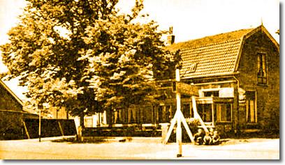 Café de Engel(enbrug) te Lisse rond 1950