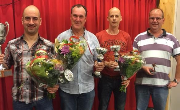 Vlnr: Maikel Josemanders (1e), Jan Aardema (2e), Angelo Dobbelsteen (3e) en Theo Strik (4e).