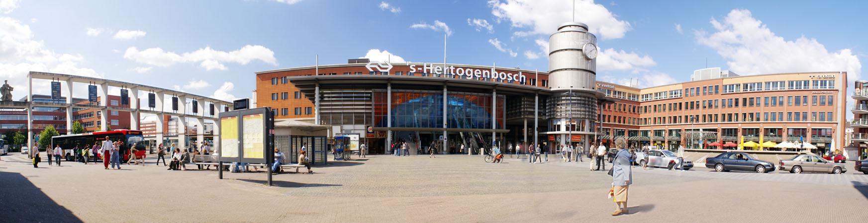 Stationsplein Den Bosch 2007