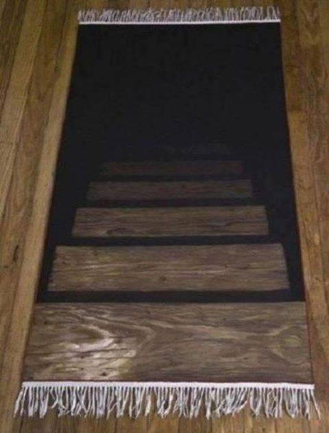 Leg deze mat achter je voordeur en iedere bezoeker denkt een kelder in te lopen...